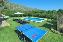 Развлечения и отдых на вилле. Испания, Польенса : Просторная вилла с верандой и цветущим садом с барбекю и столом для пинг-понга, с открытой парковкой и бассейном, 3 спальни, 2 ванные комнаты, Wi-Fi