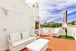 Терраса. Испания, Гандия : Таунхаус в комплексе с бассейном и в 100 метрах от пляжа, 2 спальни, 2 ванные комнаты, вид на море, парковка, Wi-Fi