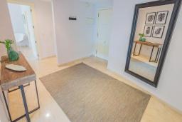 Прочее. Испания, Марбелья : Большая роскошная квартира с бассейнами и отличным расположением - прямо в центре Пуэрто Банус.