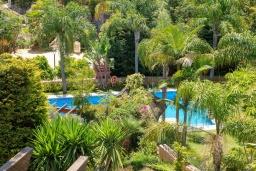 Вид. Испания, Марбелья : Очаровательная вилла с 4 спальнями, бассейном, собственной гидромассажной ванной и превосходным расположением.