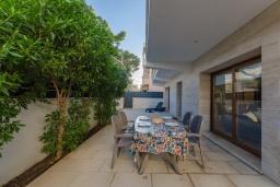 Территория. Испания, Кан-Пикафорт : Современное шале в Кан Пикафорте рядом с пляжем и террасой, 3 спальни, 2 ванные комнаты, парковка, Wi-Fi