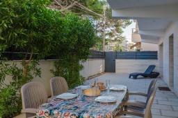 Обеденная зона. Испания, Кан-Пикафорт : Современное шале в Кан Пикафорте рядом с пляжем и террасой, 3 спальни, 2 ванные комнаты, парковка, Wi-Fi