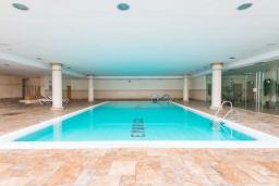 Бассейн. Испания, Марбелья : Апартамент 160м2, 3 спальни, 3 ванные, огромная терраса в комплексе с бассейном