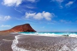 Пляж Ла-Техита в Коста Адехе