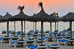 Пляж Пальма-Нова в Магалуфе