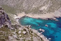Пляж Кала-Бокер в Порт де Алькудии