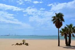 Пляж Вальделаграна в Чиклана-де-ла-Фронтере