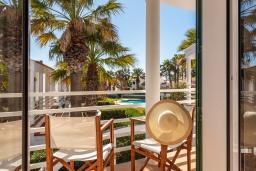Балкон. Испания, Менорка : Прекрасный дом недалеко от тренажерного зала и пляжа, 3 спальни, 3 ванные, wi-fi, бассейн, сад