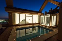 Бассейн. Испания, Марбелья : Тихий пентхаус с частным бассейном с подогревом, барбекю, джакузи и прекрасным видом на море