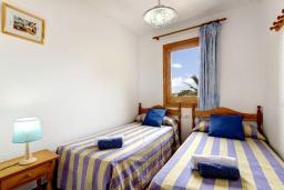 Спальня 2. Испания, Менорка : 3-спальная вилла на 6 человек, расположенная в центре города, в районе для семейного отдыха