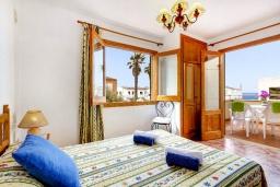 Спальня. Испания, Менорка : 3-спальная вилла на 6 человек, расположенная в центре города, в районе для семейного отдыха