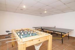 Развлечения и отдых на вилле. Испания, Марбелья : Апартаменты в комплексе с общим бассейном и тренажерным залом3-комнатная квартира в комплексе с общим бассейном и тренажерным залом