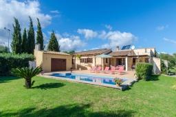 Испания, Кала Миллор : Уютная вилла с частным бассейном и садом недалеко от города Арты