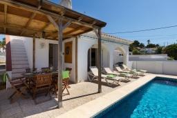 Беседка. Испания, Менорка : Удобная и очень очаровательная вилла с частным бассейном, идеально подходящая для отдыха с хорошим барбекю для летних вечеров