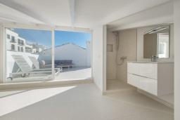 Ванная комната 2. Испания, Пуэрто Банус : Роскошный пентхаус на первой линии с панорамным видом на море в Марбелья, 1 спальня, ванная комната, 2 этажа, красиво, удобно,романтично!