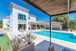 Вид на виллу/дом снаружи. Испания, Кала-Махор : Роскошное шале с частным бассейном и террасой недалеко от Пальмы