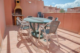 Терраса. Испания, Марбелья : Милый таунхаус в хорошем тихом районе,4 спальни, 2,5 ванные комнаты, общий бассейн, собственная парковка