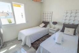 Спальня 3. Испания, Новая Андалусия : Очаровательные апартаменты располагают 3 спальнями с гигантской солнечной террасой. Находятся в нескольких минутах ходьбы от Пуэрто Банус и пляжа.