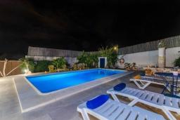 Ресепшн. Испания, Манакор : Прекрасная вилла с частным бассейном, просторной террасой и барбекю в Льорет-де-Висталегре