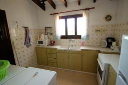 Кухня. Испания, Мораира :  - Очаровательная вилла с видом на море и частным бассейном, 3 спальни, 2 ванные комнаты, парковка, WIFI