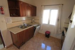 Кухня. Испания, Кальпе : Уютная вилла с частным бассейном рядом с пляжем, 3 спальни, 2 ванные комнаты, WIFI, кондиционер