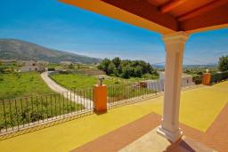 Вид. Испания, Бенитачель : Современный небольшой уютный дом для отдыха, 2 спальни, 2 ванные комнаты, частный бассейн