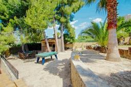 Патио. Испания, Мораира : Современная, хорошо меблированная вилла в нескольких минутах ходьбы пляжей, 4 спальни, 2 ванные комнаты, частный бассейн,WI-FI, парковка