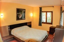 Спальня 2. Испания, Бенисса : Красивая вилла в традиционном испанском стиле, 2 спальни, 2 ванные комнаты, частный бассейн, парковка