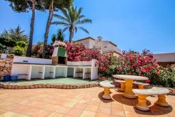 Летняя кухня. Испания, Мораира : Шикарная двухэтажная вилла с видом на море и частным бассейном, 4 спальни, 3 ванные комнаты, WIFI, кондиционеры