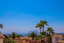 Вид. Испания, Мораира : Шикарная двухэтажная вилла с видом на море и частным бассейном, 4 спальни, 3 ванные комнаты, WIFI, кондиционеры