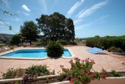 Бассейн. Испания, Мораира : Вилла в средиземноморском стиле с видом на море с частным бассейном и парковкой на 3 авто, 3 спальни, 2 ванные комнаты, WIFI