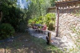 Развлечения и отдых на вилле. Испания, Кала Миллор : Красивое каменное поместье с частным бассейном и большой террасой, окруженное природой и спокойствием недалеко от Каньямеля