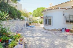 Патио. Испания, Бенитачель : Двухэтажная вилла с частным бассейном расположенная между Морайрой и Хавеей, 3 спальни, 3 ванные комнаты, WIFI