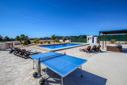 Развлечения и отдых на вилле. Испания, Теулада : Впечатляющая усадьба с прекрасным видом на сельскую местность и частным бассейном, 4 спальни, 3 ванные комнаты, барбекю