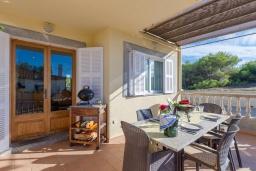 Терраса. Испания, Кан-Пикафорт : Очаровательный смежный дом для отпуска в городе Сон-серра-де-Марина, на севере Майорки