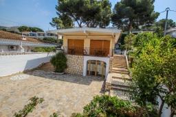 Вид на виллу/дом снаружи. Испания, Эль-Портет : Ухоженная вилла в тихом месте, частный бассейн, 3 спальни, ванная комната