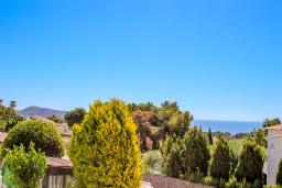 Вид. Испания, Мораира : Уютная вилла расположенная на тупиковой улице недалеко от центра, частный бассейн, 1 спальня, 1 ванная комната