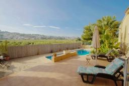 Терраса. Испания, Теулада : Прекрасная вилла с панорамным видом на холмы и горы, частный бассейн, 3 спальни, 2 ванные комнаты, WiFi, парковка
