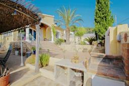 Летняя кухня. Испания, Теулада : Прекрасная вилла с панорамным видом на холмы и горы, частный бассейн, 3 спальни, 2 ванные комнаты, WiFi, парковка