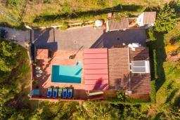 Вид на виллу/дом снаружи. Испания, Фрихильяна : Небольшая уютная вилла рассчитана на разрешение до 4 человек, частный бассейн, 2 спальни с кондиционерами, 1 ванная комната