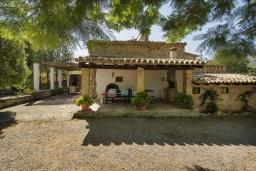 Вид на виллу/дом снаружи. Испания, Польенса : Вилла в традиционном испанском стиле, с 3 спальнями, 3 ванными комнатами и собственным бассейном.