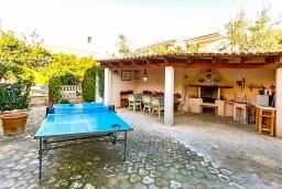 Развлечения и отдых на вилле. Испания, Кан-Пикафорт : Идеальная вилла для отдыха в Кан-Пикафорте на испанском острове Майорка, оборудована кондиционерами, 3 спальни, 2 ванные комнаты, собственный бассейн