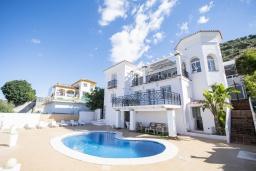 Вид на виллу/дом снаружи. Испания, Коин : Прекрасная вилла для 7 человек, с 3-я спальнями и большим бассейном