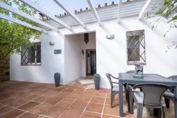 Терраса. Испания, Коин : Прекрасная вилла для 7 человек, с 3-я спальнями и большим бассейном
