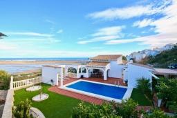 Вид. Испания, Пего : Вилла с панорамным видом на море, гостиной, 2 спальнями, бассейном, Wi-Fi, кондиционерами во всех спальнях