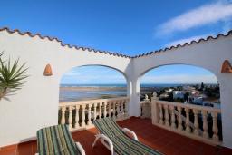 Терраса. Испания, Пего : Вилла с панорамным видом на море, гостиной, 2 спальнями, бассейном, Wi-Fi, кондиционерами во всех спальнях