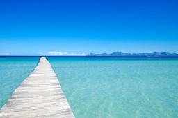 Ближайший пляж. Испания, Кан-Пикафорт : Просторное шале для 8 человек недалеко от пляжа