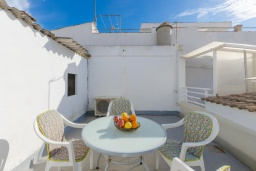 Веранда. Испания, Кан-Пикафорт : Шикарные апартаменты с террасой и отдельным входом