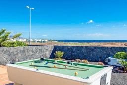 Развлечения и отдых на вилле. Испания,  : Современная вилла с видом на море и частным бассейном, с 3 спальнями, 2 ванными комнатами, с кондиционерами и Wi-Fi