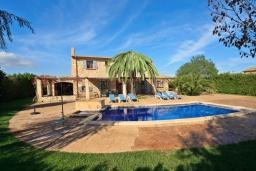 Вид на виллу/дом снаружи. Испания, Алькудия : Традиционная испанская вилла с частным бассейном и красивым видом на закат,  с 3 спальнями, 2 ванными комнатами